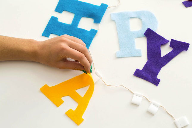 Brit_VELCRO®_Brand_Banner_Letters_A