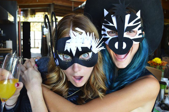 VELCRO®_Brand_Halloween_Masks_Party