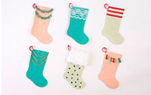 DIY-Christmas-Stockings-VELCRO®-Brand