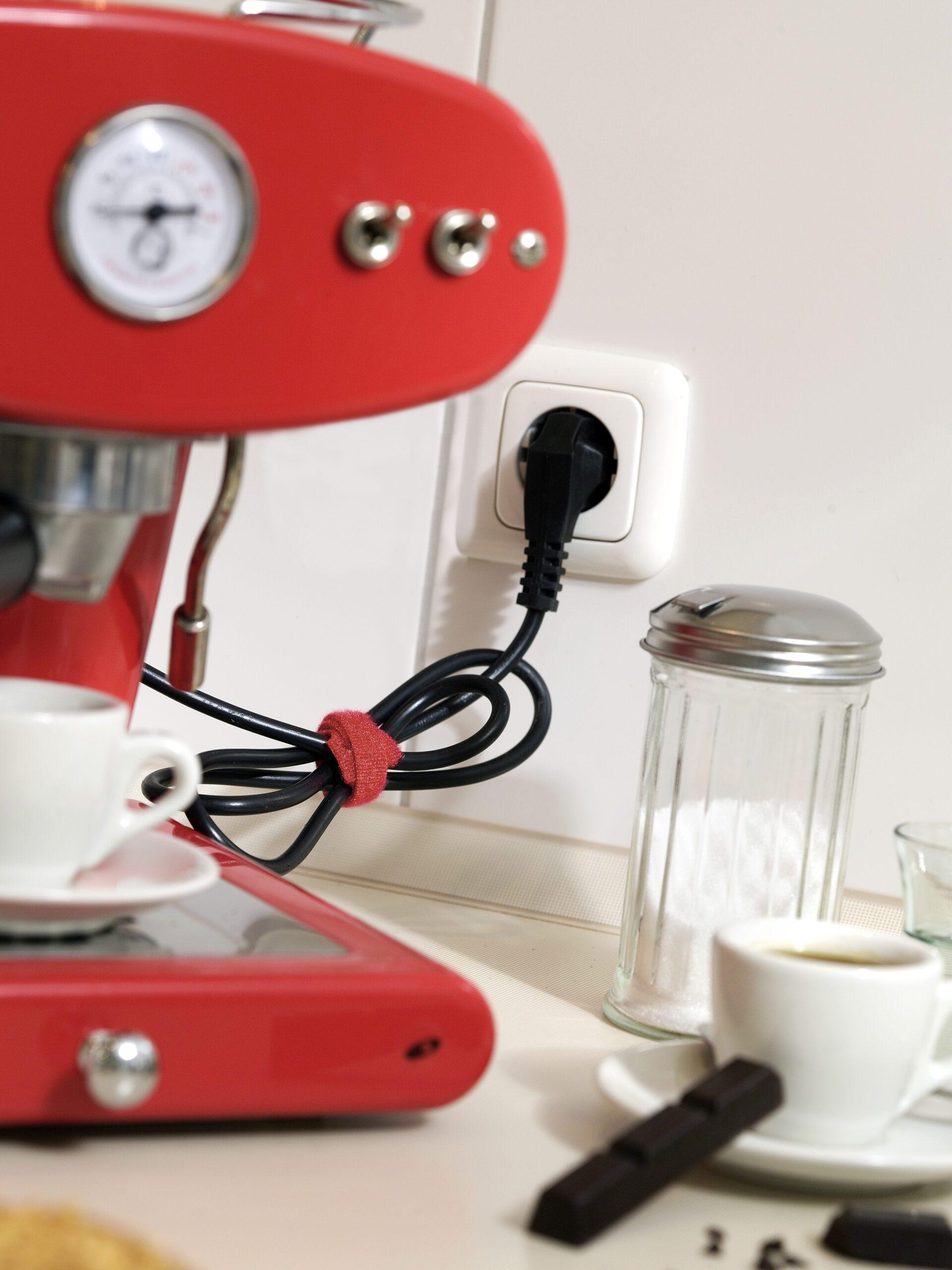 spring cleaning checklist - organize appliances